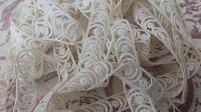 5.58 Mtrs of Stunning Unique Antique French Narrow Lace / Passementerie Trim