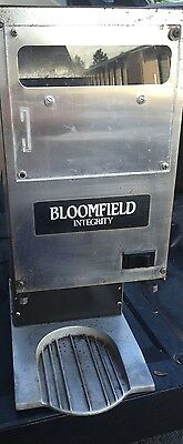 BLOOMFIELD Integrity 8730 Restaurant Style Commercial Burr COFFEE GRINDER