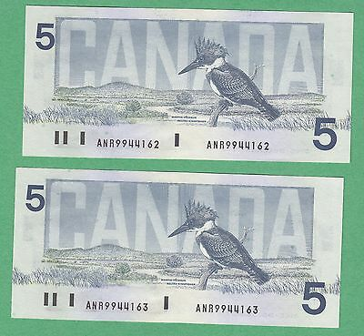 Lot of 2 Sequential 1986 Bank of Canada 5 Dollar Notes - Knight/Dodge - UNC