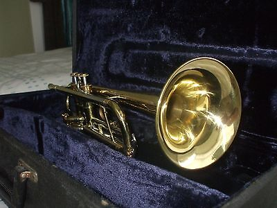 Vintage Conn 16B Director Bflat Trumpet + Origional Case and 7c Conn Mouthpiece