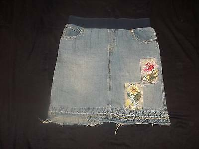 Announcements Maternity Embroidered Floral Denim Frayed Jean Skirt sz Small 4/6