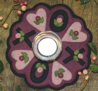 X's & O's CANDLE MAT COMPLETE WOOL FELT KIT, From Bareroots Patterns ON SALE!