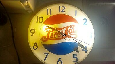 1940s dubble dot  pepsi clock glass extremely (rare)..