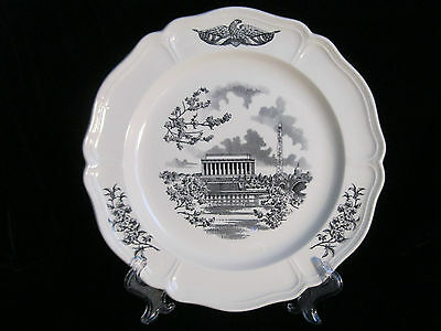 THE FEDERAL CITY  Plate, WASHINGTON  D.C. Wedgwood - Made in England