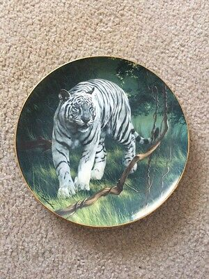 Collectors Plate Silent Approach
