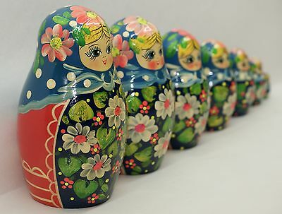 Traditional Russian Nesting Doll Toy Matryoshka flowers 7 pieces ( flo3)