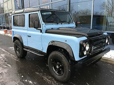 Land Rover: Defender 1997 Land Rover Defender 90, located in Toronto  Canada, 5 speed manual, 30k