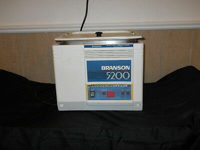 Branson 5200 Ultrasonc Cleaner BR5200R-3  2.5 Gal. W/Basket and Lid