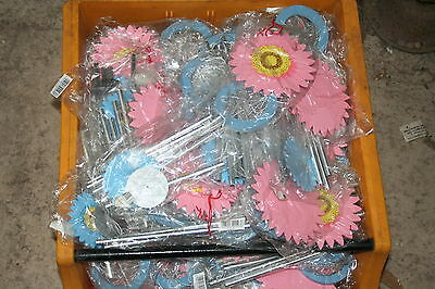 Wholesale job lot shop clearance Wooden Daisy flower wind chime Pink/Blue x63
