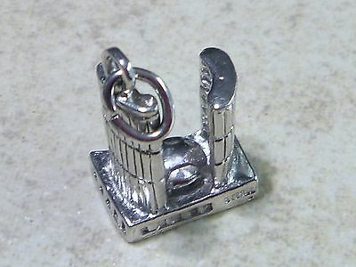 TORONTO CITY HALL Vintage Sterling Silver Charm Pendant