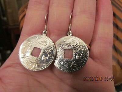 Vintage Sterling Silver Etched Design Circle Dangle Earrings