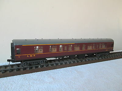 Lima O Gauge Mk1 Coach LMS Maroon No. 15865 Kadee Couplings Fitted