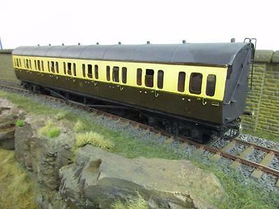 "7mm FINESCALE O GAUGE KIT BUILT GWR CHOCOLATE AND CREAM COPARTMENT COACH ""5569"""