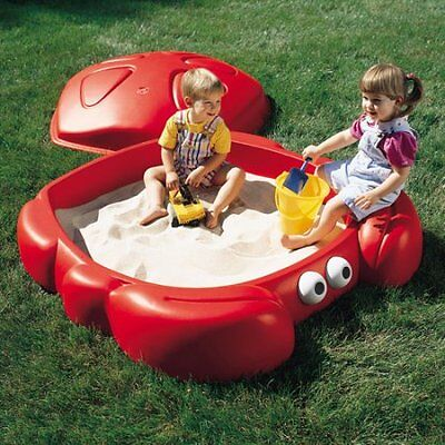 Step2 Crabbie Sandbox with 2 Built In Seats and Cover Kids Outdoor Toy Play Set