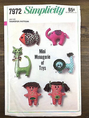Mini Menagerie of 6 Stuffed Animals Vintage Simplicity Pattern 7972 Original