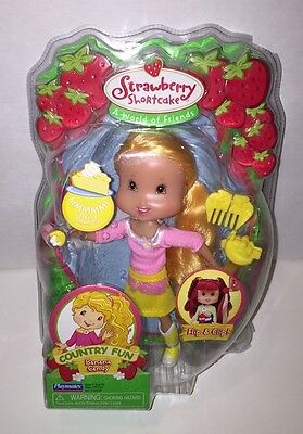 Strawberry Shortcake Country Fun Banana Candy Doll by Playmates ~ New in Box!