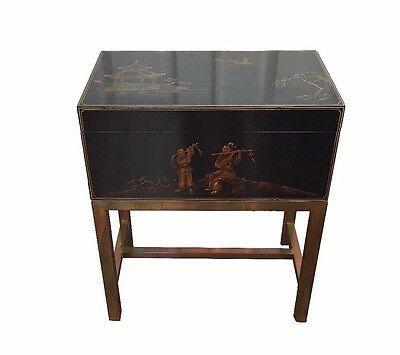 Mid-century Chinese Lacquered Box on Stand