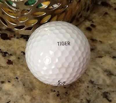 TITLEIST GOLF BALL used on the PGA TOUR by TIGER WOODS -- ( Very Very RARE  )