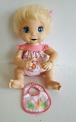 2006 Hasbro Baby Alive Soft Face Interactive Doll and Bib Work Great Ship Fast
