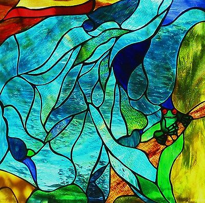 RED EYED GREEN TREE FROG WATER DESIGN Stained Glass Window or Suspended Panel