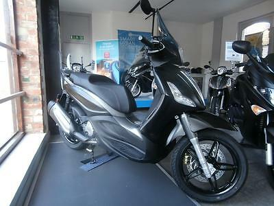 Piaggio Beverly 350cc Sport Touring ABS Scooter Sport Touring
