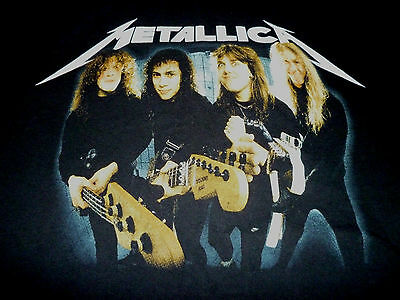Metallica Shirt ( Used Size L ) Nice Condition!!!