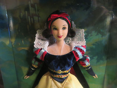 Disney Snow White Enchanted Princess Barbie Doll 7 DWARFS , NRFB #-27048