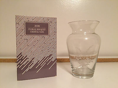 Avon Floral Bouquet Vase 24% Lead Crystal New with Box Vintage