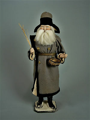 """23,3""""Paper mache*German  Santa* candy container *(grey/military)by Paul Turner"""