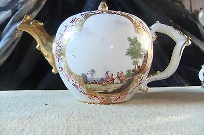 A SUPERB EARLY Meissen teapot and cover, C.1730/5. C.F.Herold harbour scenes.