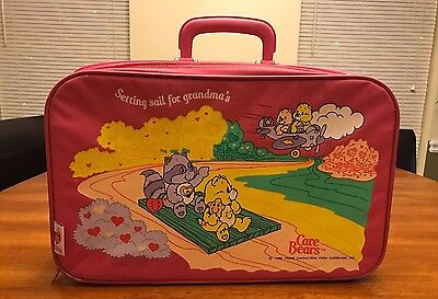 Vintage 1986 Care Bears Pink Setting Sail Suitcase Overnight Bag Luggage