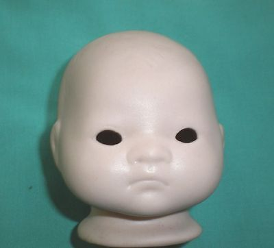 bisque head reproduction 3 1/4, to tie in