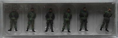 Preiser 16839 Soldiers With Caps Standing 00/H0 Model Rail Figures