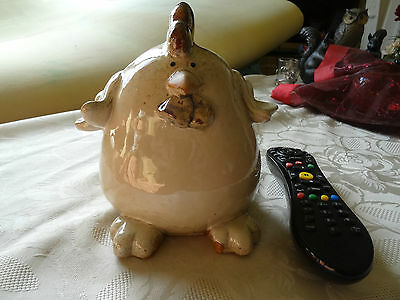 Lovely Chicken Ornament. Ceramic. Approx 7 inch tall. Collect Only