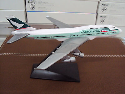 NEW CATHAY PACIFIC BOEING 747-400 Plane Model Scale 1/530 PERFORMANCE