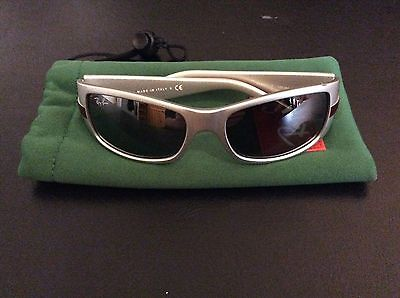 Rayban childs sunglasses RJ9041S Silver And Red framed
