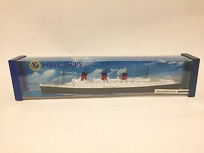 MINIC Ships RMS QUEEN MARY M703 1:1200 Scale
