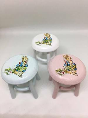 1:12th MINIATURE DOLLS HOUSE FURNITURE PETER RABBIT WHITE / PINK CHILDRENS STOOL