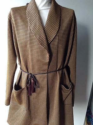 Vintage 60's Textured Crimplene Dressing Gown Graphic Large