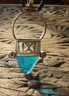 Turquoise hand engraved  Niger Tuareg pendant necklace with agate beads