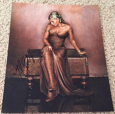 MARY J. BLIGE SIGNED AUTOGRAPH WHAT'S THE 411? 11x14 PHOTO w/VIDEO PROOF