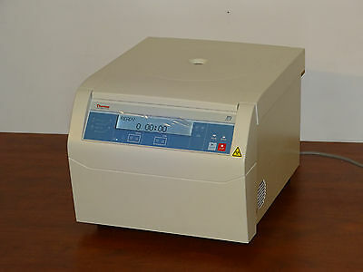 Thermo Scientific Sorvall ST8 Small Benchtop Centrifuge Zentrifuge
