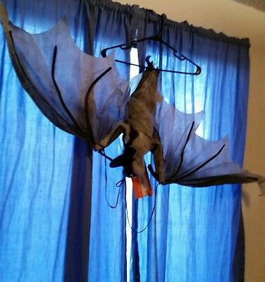 5'  Hanging Vampire Bat Halloween Haunted House Prop Scary Creepy Large Big Huge