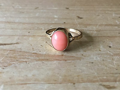 Vintage 9ct Gold Pink Coral Ring Cabochon Cocktail Size M 1/2