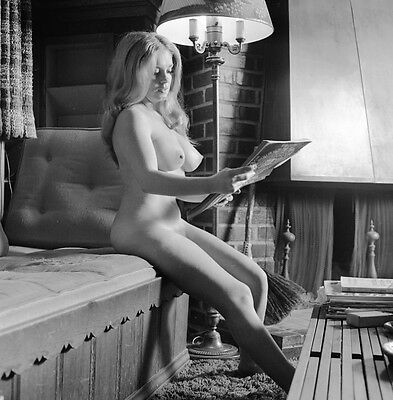 Pinup 60s blonde big breasts nude pose reading news paper 8 x 8 Photograph