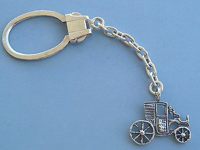 Sterling Silver 925 keychain (7.0 gr.) with vintage antique car.