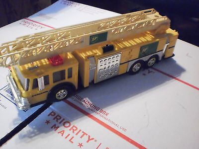 1999 Collector's Edition Aerial Tower BP Fire Truck