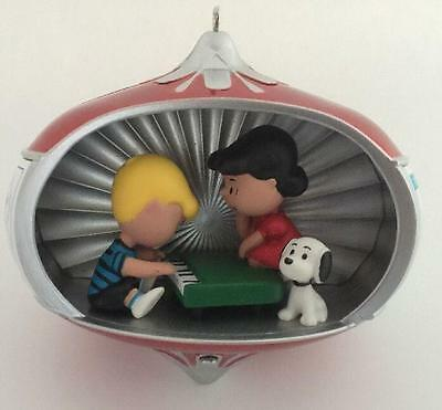 "2010 60 Years Of ""Suite-ness"" Hallmark Ornament Peanuts Schroeder Piano Lucy"