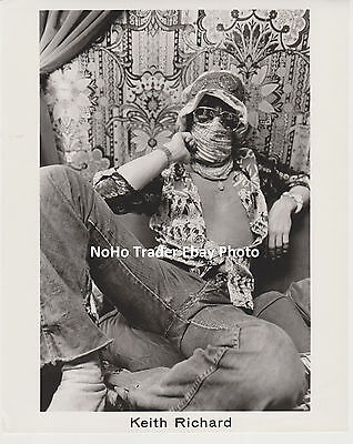 AMAZING KEITH RICHARDS as RICHARD 8x10 PRESS PHOTO SCARF THE ROLLING STONES