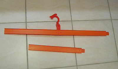 Hot Wheels Track 3 Pieces Straight Sections + Hanging Hook & 2 Joiners